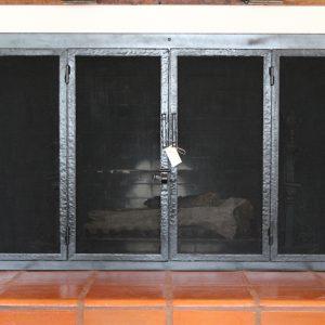 Каминный экран кованый ГК-КЭ-20